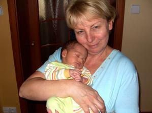 s babičkou 1 měsíc