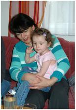 Anička s babičkou