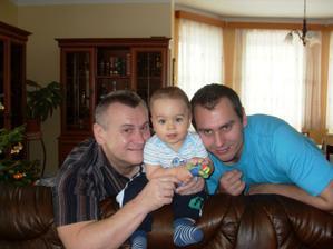 s dědečkem a tatínkem