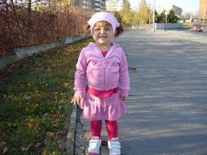 Velká holka na procházce :-)