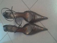 Málo nošené boty kupované v destroy pc 3500,-, 37