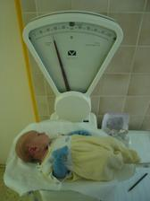 hezky pribirame: po tydnu v porodnici 3110g