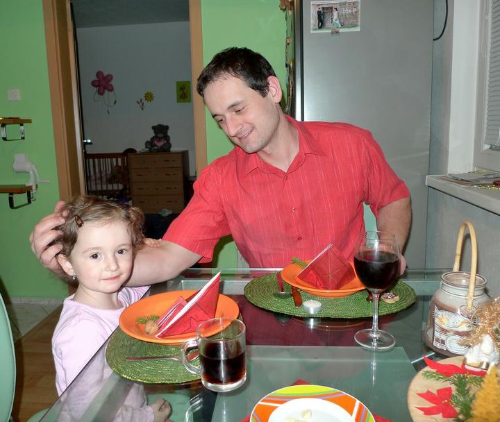 Večeře..Krásná fotka s tatínkem
