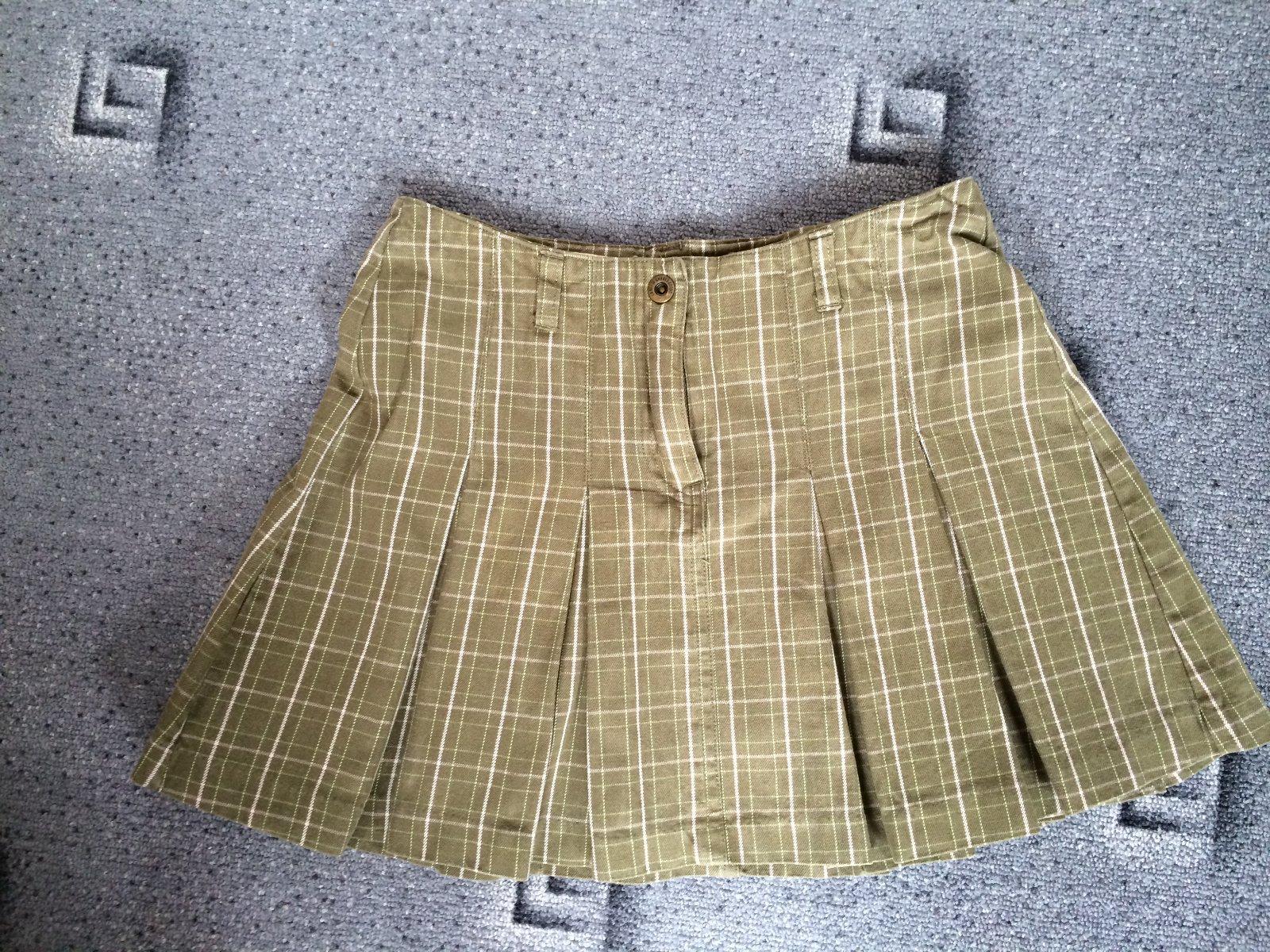 Zelená dívčí sukně e4994c3336