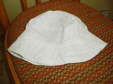 Bílý klobouček, 74