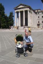 s taťkou v Pule v Chorvatsku